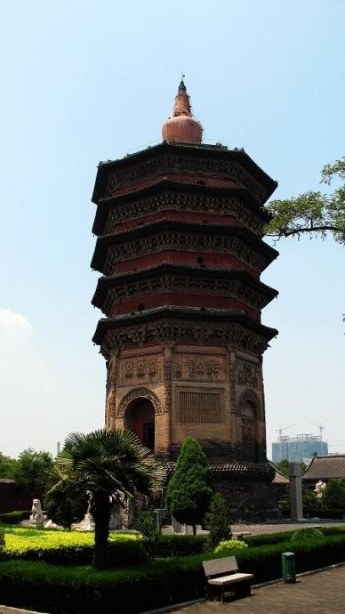 安阳标志性建筑文峰塔
