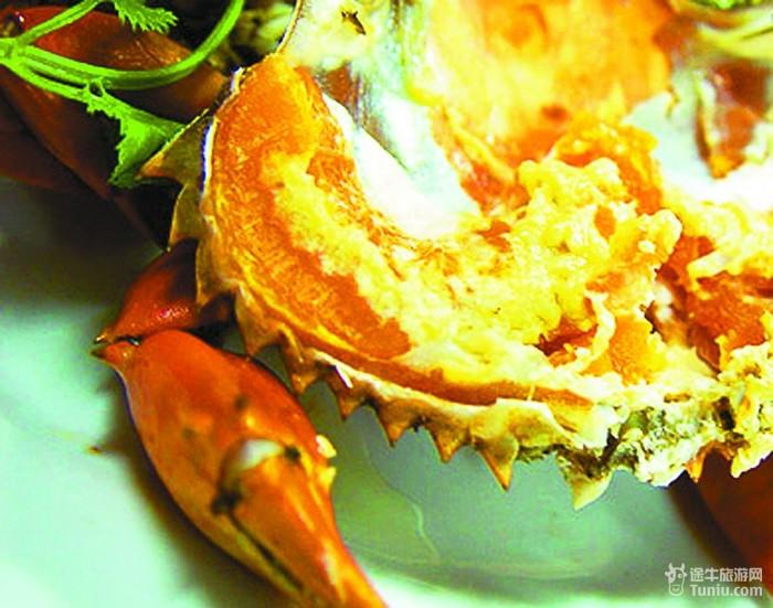 北海道的海产品和农产品极为丰富,食物较多采用扇贝,螃蟹等海味作为