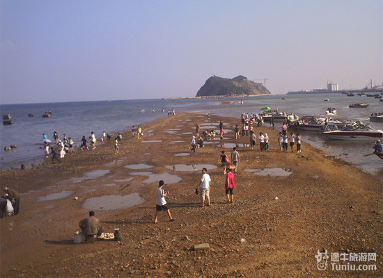 葫芦岛海滨行(2日)—吃海鲜,逛古城,看看海滩泡温泉!