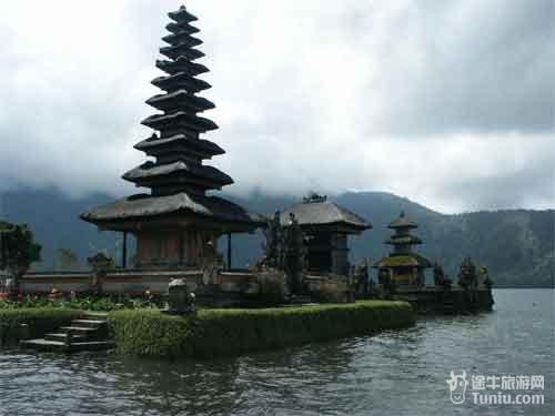 【巴厘岛旅游攻略】巴厘岛著名旅游景点推荐介绍