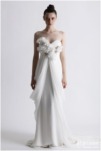 爱在关岛——十二星座新娘婚纱礼服记