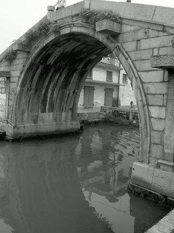 更多卧龙桥图片...