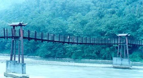 更多安澜桥图片...