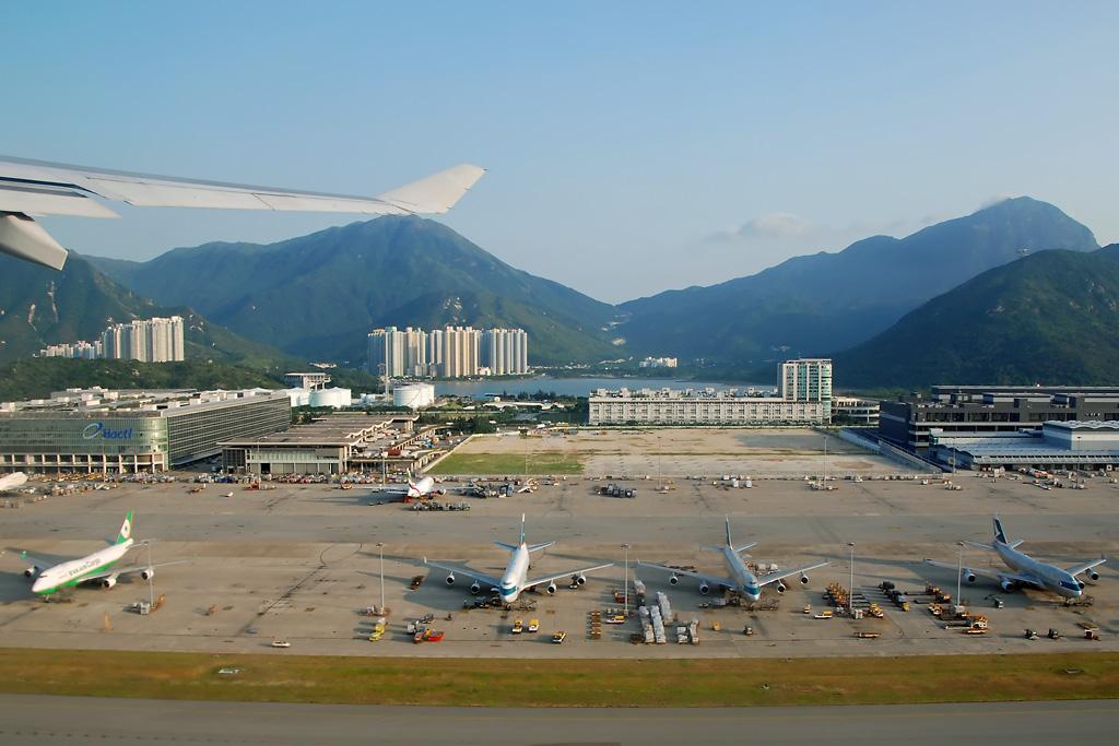 香港国际机场》1998