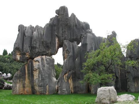 昆明石林风景区 云南 西南各省 国内著名景点 走遍天下