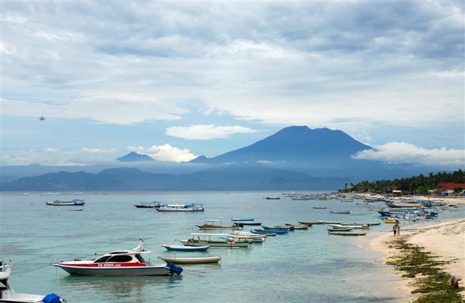 巴厘岛5晚7日半自助>印尼航空,休闲蓝梦岛