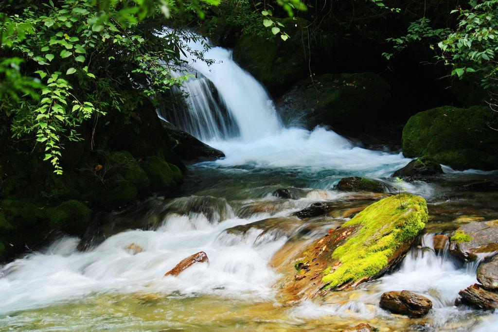 壁纸 风景 旅游 瀑布 山水 桌面 1024_683