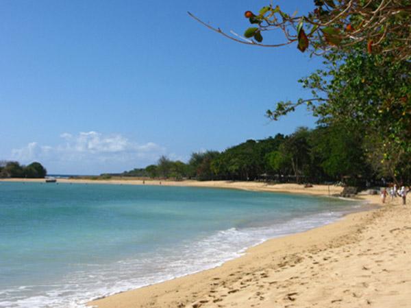 巴厘岛6日或7日>蓝点下午茶,海盗船出海,金巴兰风味烧烤,直飞