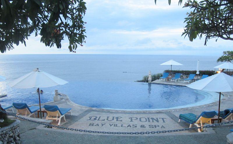 到达后,专车接机,入住巴厘岛蓝点度假村(blue point bay villas & spa