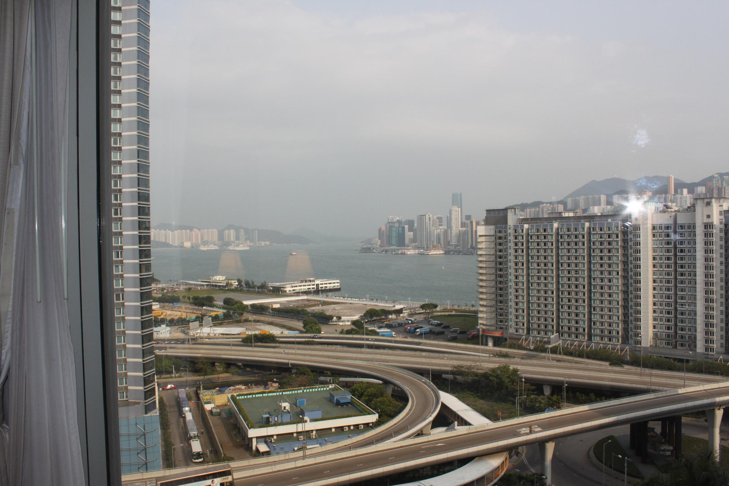 香港都会海逸酒店5日自助游>商购娱一体,轻松游香港