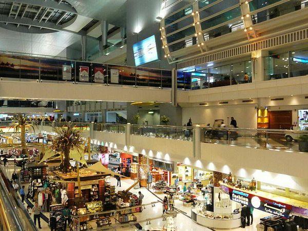 迪拜机场免税店的手表买那个品牌比较划算