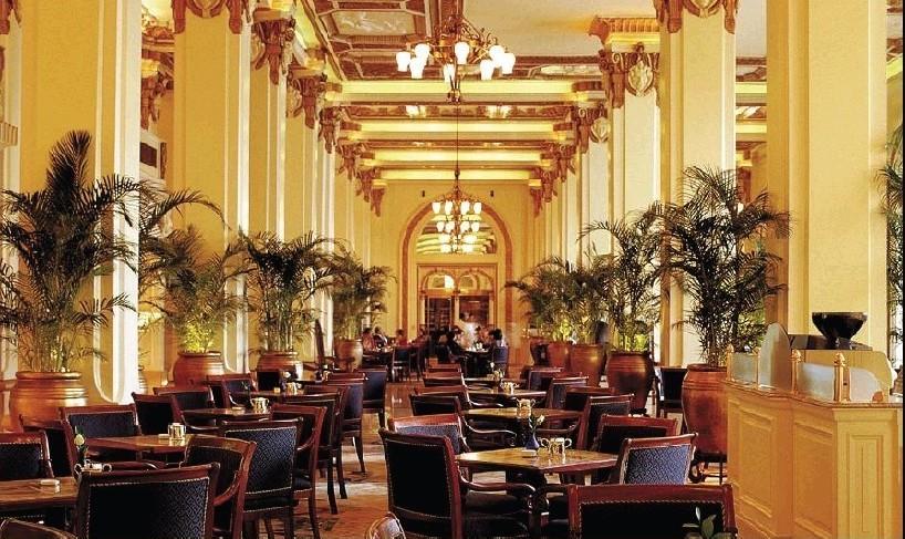 香港半岛酒店4日自助游>半个世纪的奢华,劳斯莱斯接机