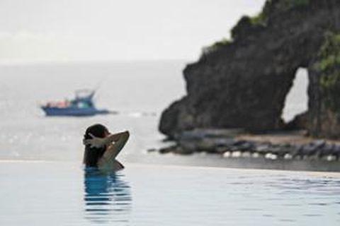 长滩岛3晚5日半自助游>2号海滩皇冠丽晶,出海海钓,直飞