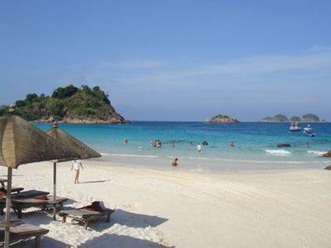 文莱-巴厘岛5晚6日游>金色文莱,巴厘岛海边酒店,海豚湾,乌布