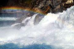 <北欧四国+冰岛11日游>冰岛观鲸,双峡湾,峡湾酒店,蓝湖温泉,冰岛黄金圈,大瀑布,卑尔根,沉船博物馆,内陆飞,游轮双人舱,送取消险